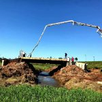 Último puente que faltaba en el distrito de San Alberto a punto de culminarse.
