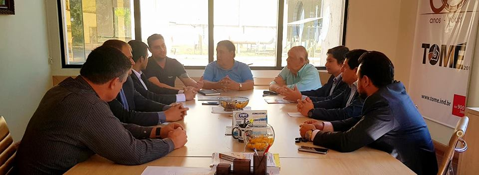 Reunión con varios empresarios de Rio Grande do Sul.