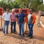 Inicio de los primeros trabajos para el RECAPADO ASFÁLTICO, en la Avda principal de San